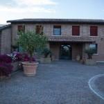 La-Sapienza-Agriturismo-Ferrara-Eventi-Piscina-B&B-Matrimoni-Lauree3